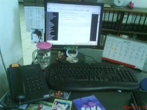 media ngeblog di kantor! hehe...