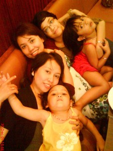 MbakPit, Sis Ira, duoPonakan, and me