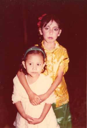 Mbak Pit & Lala... back in 1985