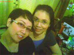 Mbak Pit & Lala... in glasses